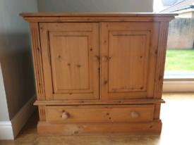 Solid Wood TV Cabinet /Sideboard