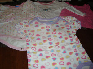 BABY GIRL CLOTHES - 9 months