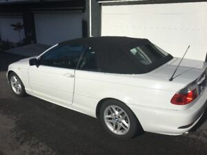 2004 BMW 3-Series 325Ci Convertible (2 door)