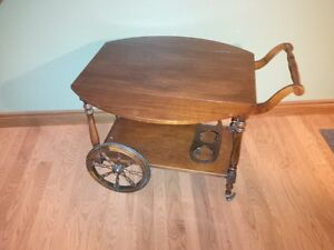 Older Cherry Tea Trolley / Beverage cart Kitchener / Waterloo Kitchener Area image 2