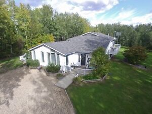 FENCED/CROSS FENCED HOME ON 3.78 ACRES