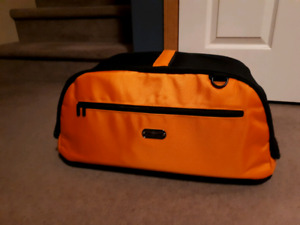 Sleepypod Air Pet Carrier - Perfect for air travel! $150 OBO
