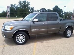 LOOKING For 2005 - 2006 Toyota Tundra