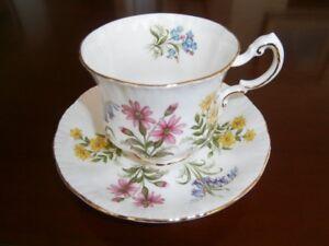 SWEET PARAGON 'ENGLISH FLOWERS' CUP & SAUCER SET