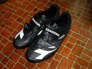 Diadora Size 42 Road Bicycle Shoes for sale