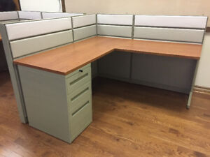 Refurbished Teknion Workstations/Desks For Sale Any Size/Colour