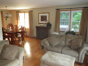 Bobcaygeon Bungalow c/w 2 Car Garage and Large Shop For Sale Kawartha Lakes Peterborough Area image 7