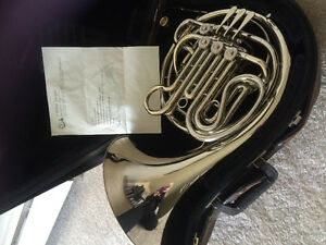Beautiful Double silver Holton French Horn
