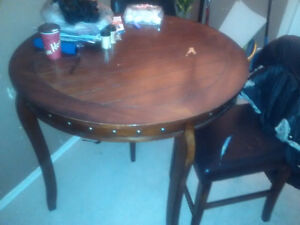 Wood set .....4 chairs and table Belleville Belleville Area image 1