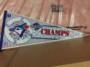 185 x 1992 World Series champs Toronto blue jays pennants