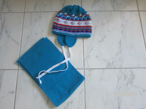 Hat and Scarf Set size 18-24 month - Like New!