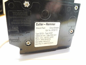 GFCI CUTLER HAMMER  15A CIRCUIT BREAKER GFCB115 PUSH ON