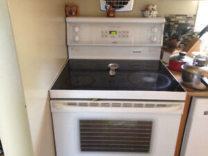 HOTPOINT FLAT TOP STOVE