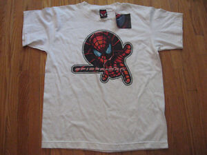 SPIDERMAN  NEW WITH TAG T-SHIRT BOYS XL OR ( MENS SMALL )