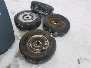 Winter tires and rims 225 60 r16