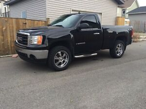 2007 GMC Sierra Reg cab short box 4x4