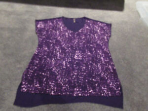 Thyme Maternity purple maternity top (size M)