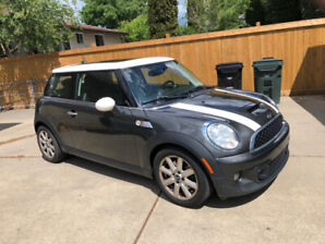 2012 Mini Cooper S, Low Kms, Lady driven, all service records