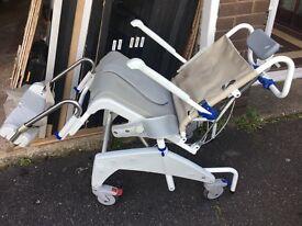Aqua tec chair tilt wash mobile wheel chair