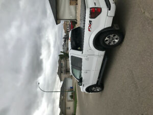 2014 FORD F150 FX4 FULLY  LOADED