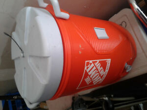 LARGE DRINKING WATER CONTAINER