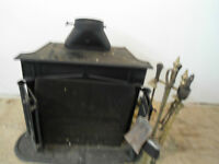 Antique style CAST IRON BLACK METAL STOVE, works fine