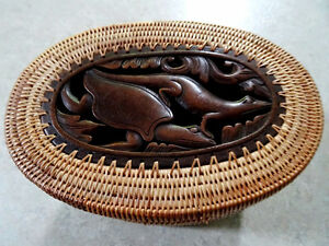 DOUBLE TIER basket lidded TURTLE LIZARD FISH carved INDONESIAN