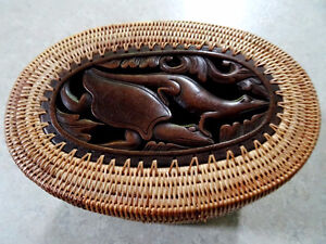 DOUBLE TIER basket lidded TURTLE LIZARD FISH carved INDONESIAN Cambridge Kitchener Area image 1