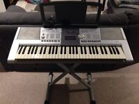 Yamaha PSR-293 Keyboard with stand and power adapter