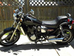 Kawasaki 400cc 4cylindres engine 1987, 2000$
