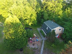 Rest and Relaxation! Log Cottage, Weekly Rental (Port Elgin, ON)