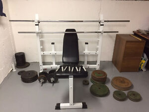 Incline-able workout bench and weights