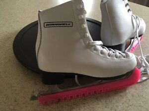 Girls leather skates