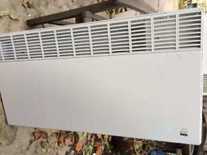 2500W wall mount radiant heater -  must be wired to 240V