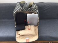 Pacapod Napier changing bag, Charcoal. Good condition