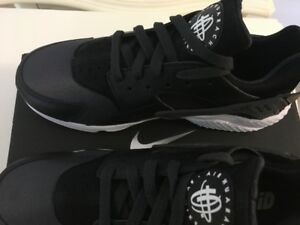 Brand New Nike Air Huarache