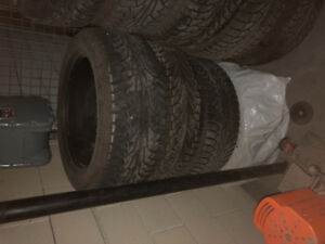 Winter tires great condition  255 50 19r