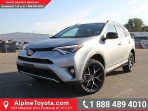 2017 Toyota RAV4 AWD SE  Sunroof - AWD - Nav - Heated Seats