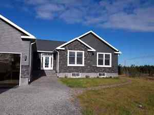 House for sale located in lively Ontario five minutes to Sudbury
