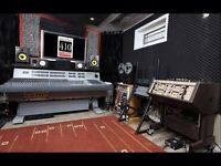 SUMMER JAMS & RECORDING ON A NEVE CONSOLE!