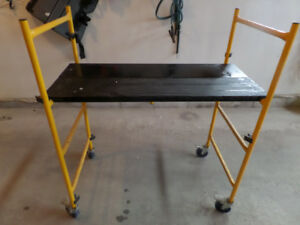 Scaffolding and metal table