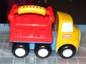 Little Tikes Handle Haulers Donnie Dump Truck - $17.00