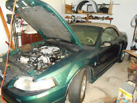 2000 Ford Mustang green Convertible
