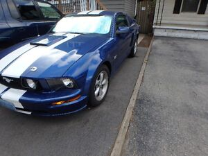 MUST SELL: 2007 Ford Mustang GT