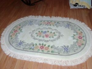 AREA RUG - IVORY/BEIGE (NEVER USED)