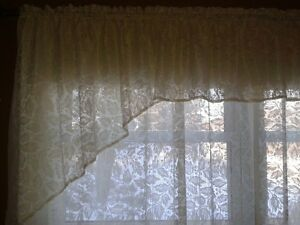 Lace Curtains (Set of 2)