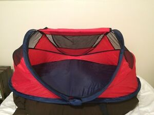 Pop up baby travel bed from kidco