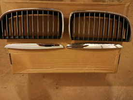 Bmw 3 series e90 genuine front grill chrome.