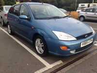 Ford Focus Blue 1.8