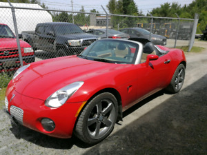 Like New!!  2006 Pontiac Solstice with only 49,000kms